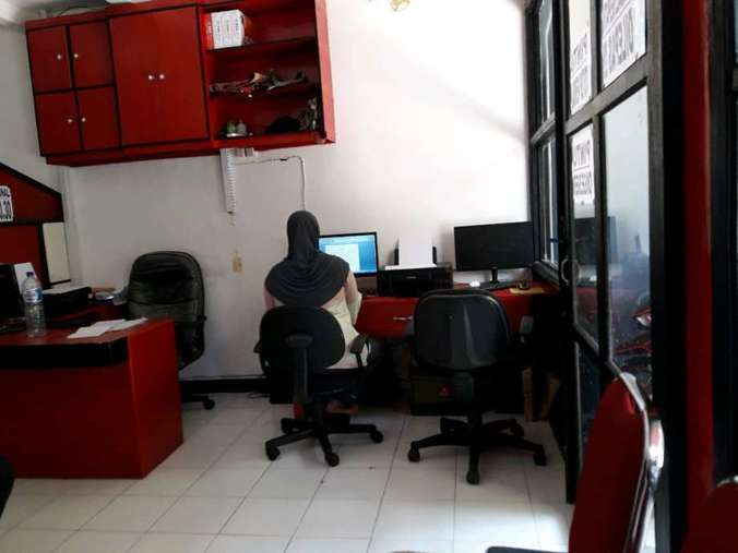 46510 medium lowongan kerja operator warnet dan tenaga pengetikan di sizenet surabaya