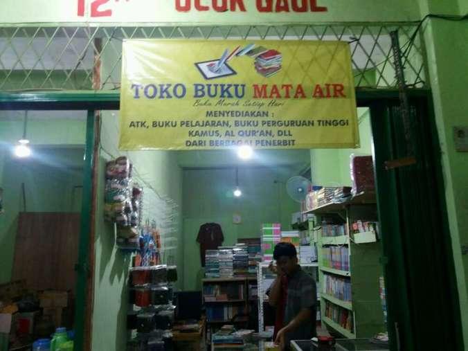 46658 medium lowongan kerja staff admin toko buku mata air