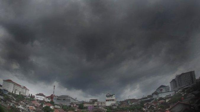 47374 medium cuaca ektrem  yogyakarta juga berpotensi terjadi banjir bandang