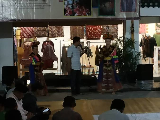 47899 medium kongko sejarah dan budaya bekasi