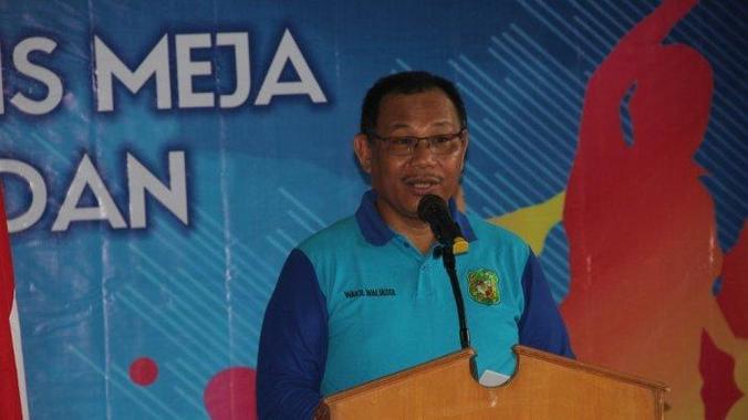 47928 medium wakil wali kota medan di sela sela acara pelantikan pengurus persatuan tenis meja seluruh indonesia