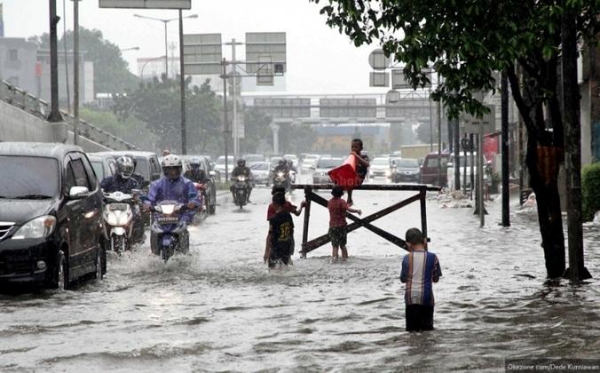 48525 medium jakarta diprediksi diterjang banjir pada 10 hari pertama februari