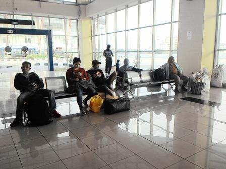 4924 medium layanan transjakarta terminal pulogebang masih minim