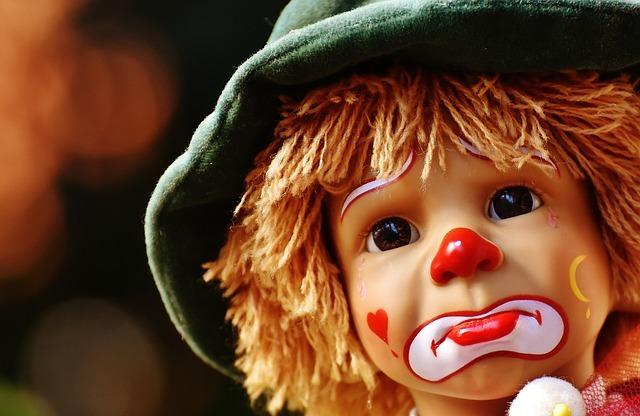 49381 medium doll 1636128 640