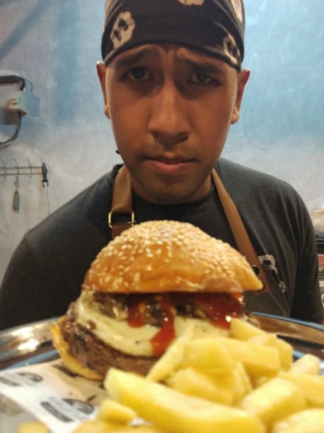 49510 medium %28lowoongan kerja%29 dicari cook full time di burgertard bandung %28wawancara langsungwalk in inteview%29