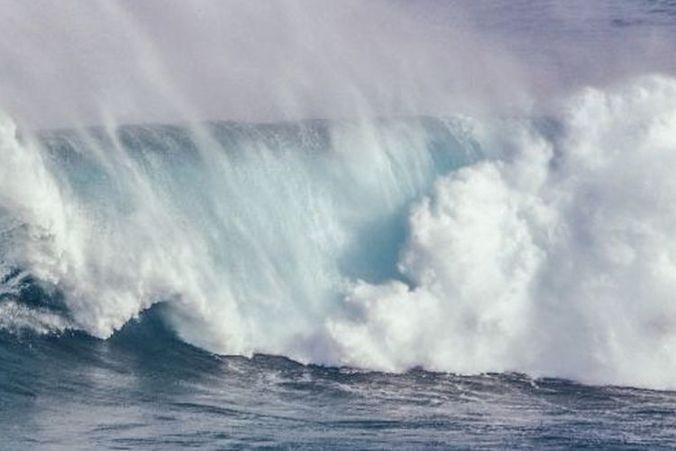 49718 medium bmkg imbau masyarakat waspadai gelombang tinggi di beberapa wilayah