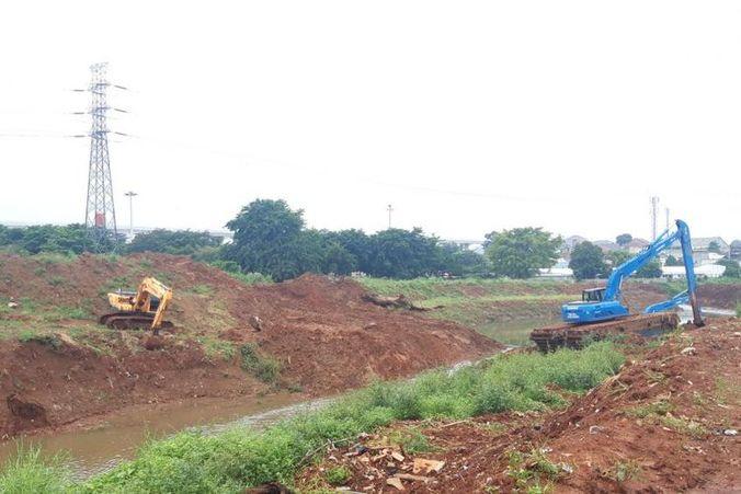 50413 medium warga berharap pembangunan waduk kampung rambutan efektif cegah banjir
