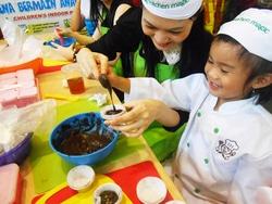 50659 small %28lowongan kerja%29 dicari karyawati kitchen magic indonesia