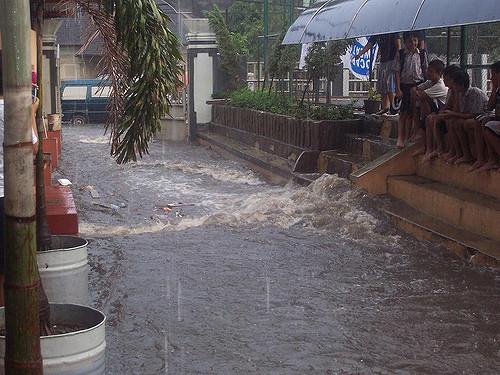 50802 medium kementerian pupr persiapkan jfews  sistem peringatan dini banjir jakarta