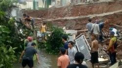 50908 small tembok permukiman ambruk  rumah warga terendam banjir