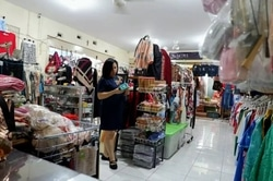 51012 small %28lowongan kerja%29 dibutuhkan karyawati wanita untuk jaga toko di lydia fashion %28wawancara langsungwalk in inteview%29