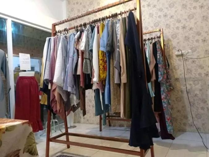 51130 medium %28lowongan kerja%29 dibutuhkan karyawati butik di alma boutique medan %28wawancara langsungwalk in inteview%29
