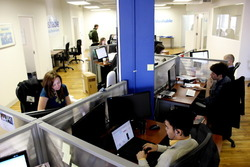 51273 small kantor mashable