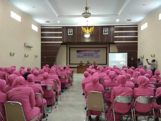 51986 medium pemilih perempuan