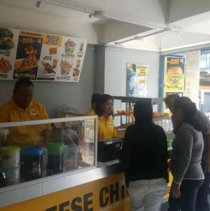 52606 medium %28lowongan kerja%29 dibutuhkan karyawan kru outlet cheese chicken palmerah %28wawancara langsungwalk in inteview%29