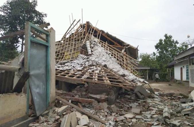 54716 medium bpbd ntb gempa 17 maret 2019  4.589 unit rumah dilaporkan rusak