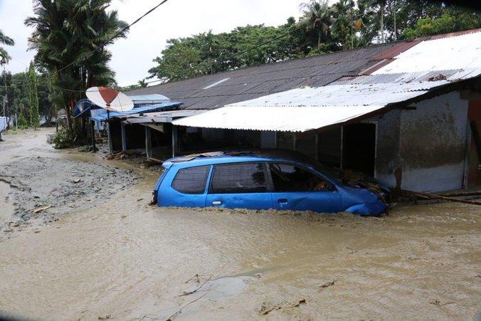54717 medium tiga faktor penyebab banjir bandang sentani