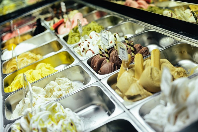 56731 medium %28lowongan kerja%29 dibutuhkan team toko wanita di toko es krim goffredo gelato di gading festival %28wawancara langsungwalk in interview%29