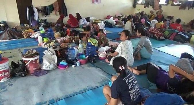 57157 medium 101 kk masih tertahan di pos penampungan penyintas