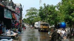 58050 small dua ribu lebih rumah di lamongan diterjang banjir