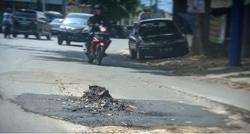 58753 small jalan cut nyak dien tanjungkarang pusat rusak sehari setelah diperbaiki