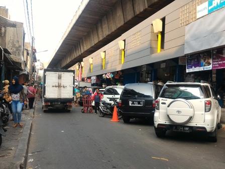 5947 medium penertiban parkir liar di tambora tak efektif