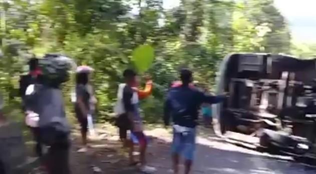 60115 medium kecelakaan bus di tanjakan bundelan  ngawen  gunung kidul