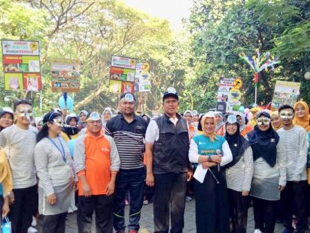 60331 medium kecamatan kembangan sosialisasi pemberantasan sarang nyamuk keliling kampung