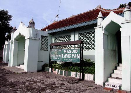 60604 medium masjid laweyan2 djoko subinarto