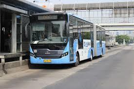 60849 medium transjakarta buka rute baru ke stasiun mrt blok a
