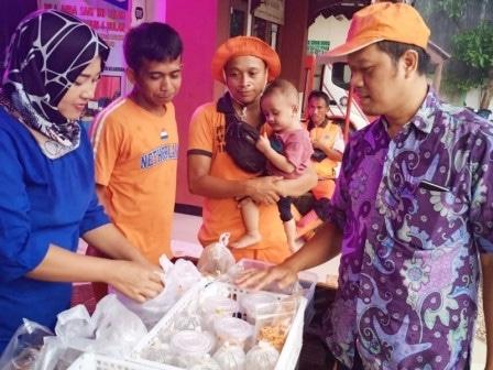 61281 medium kelurahan kebagusan gelar bazar takjil ramadan setiap hari