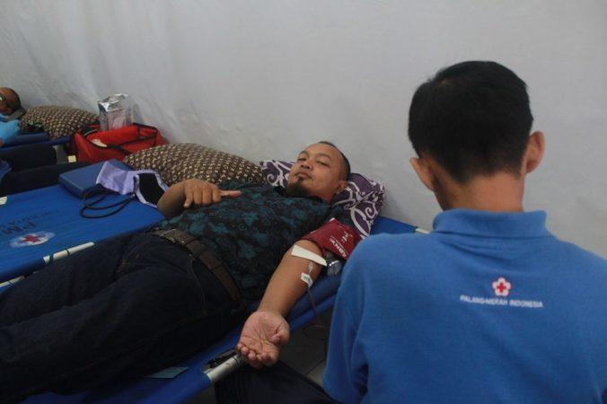61352 medium donor darah di bulan ramadan dapat jatah beras 5 kg loh!