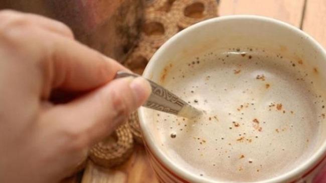 61581 medium jangan langsung minum kopi saat sahur bahaya