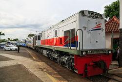 61917 small pt kai puncak arus mudik penumpang kereta api diprediksi 31 mei