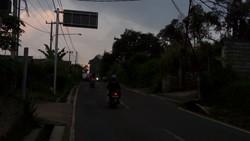 61981 small tiga lampu pju di jalan ciloa ngamprah rusak hampir setahun