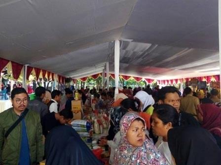 62036 medium pemkot jakbar gelar bazar ramadan