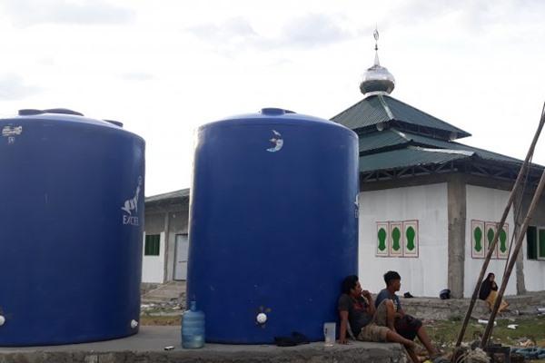62091 medium warga korban gempa palu minta pemerintah sediakan air di lokasi pengungsian