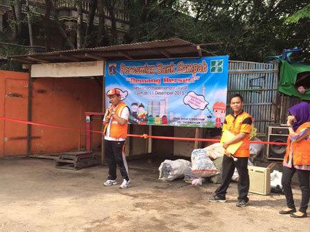 622 medium kelurahan pademangan barat dilengkapi bank sampah