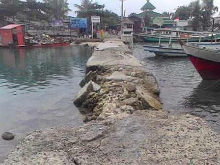 6239 medium dermaga di pulau kelapa dua memprihatinkan