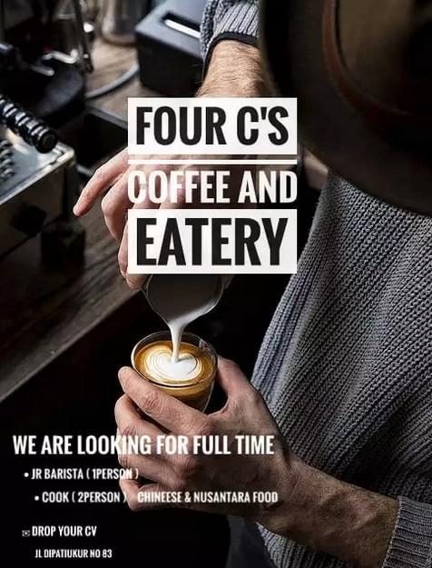 63283 medium %28lowongan kerja%29 dibutuhkan barista  pelayan minuman di four c's cafe %28wawancara langsungwalk in interview%29