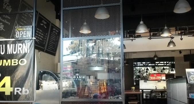 63484 medium %28lowongan kerja%29 dibutuhkan karyawankaryawati sebagai waiter  kasir  barista  pastry cook  cook helper  admin gudang  dan staff umum di eight fully cafe bandung %28walk in interview  wawancara langsung%29