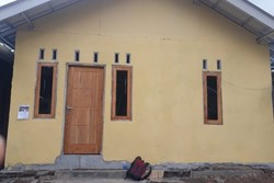 64104 small bpbd rumah tahan gempa di gunung sari capai 80 persen