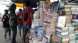 64176 small pemprov dki bangun pasar buku murah di klender  rampung akhir 2019