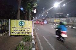 64485 small hati hati  jalan depan mall casablanca bergelombang