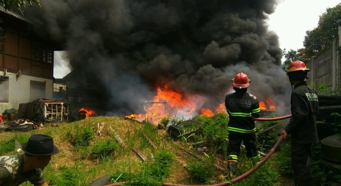64611 medium musim kemarau  bpbd lebak imbau para petani waspadai kebakaran hutan