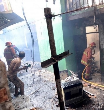 66408 medium camat tebet ajak warga gotong royong bantu korban kebakaran kampung bali