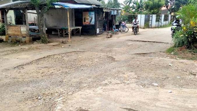6680 medium jalan utama kampungperigi depok