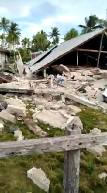 66986 medium gempa halmahera 971 rumah warga rusak berat dan tiga orang meninggal