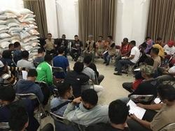 67668 small strategi bnpb dalam upaya pendataan pengungsi halmahera selatan pasca gempabumi m 7.2