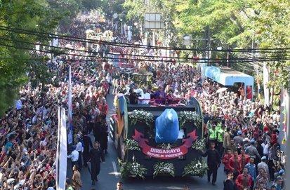 67734 medium karnaval indonesia 2019 dki jakarta